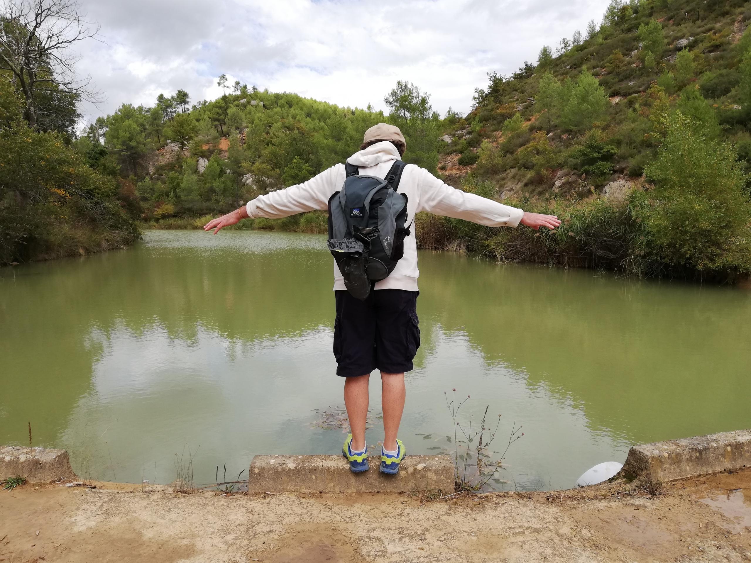 FR 6 lake